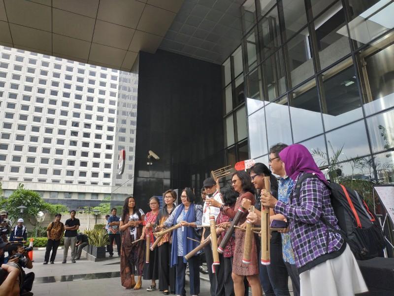 "Pasca Teror Pimpinan, KPK Kembali dapatkan ""Pil Kuat"""