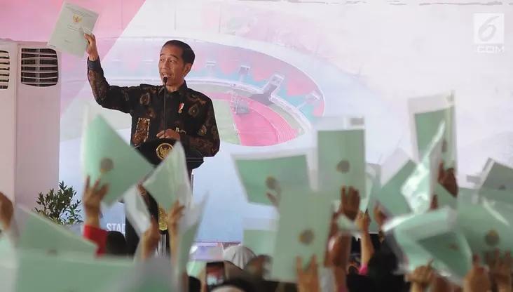 Wow, Jokowi Lampaui Target Sebar 9,3 Juta Sertifikat Tanah di 2018