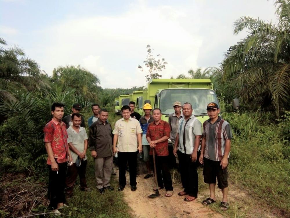 Jalan di Bangko Lestari Ditimbun PT BSS, Datuk Penghulu Ucapkan Terimakasih