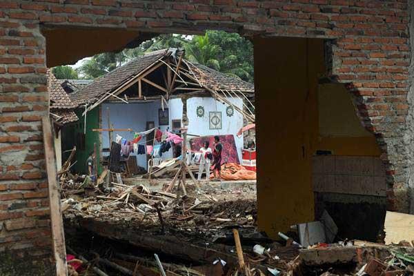 Tsunami Selat Sunda: 436 Jiwa Meninggal, Puluhan Ribu Orang Masih Mengungsi