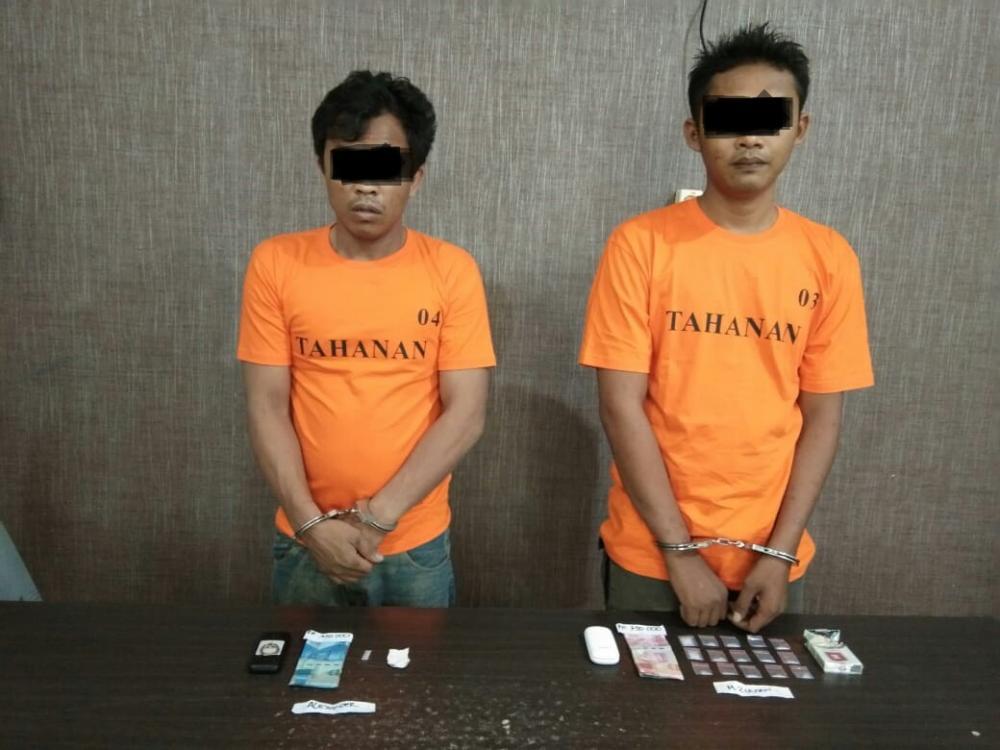 Polsek Kemuning Gagalkan Transaksi Narkoba, Dua Pelaku Ditangkap
