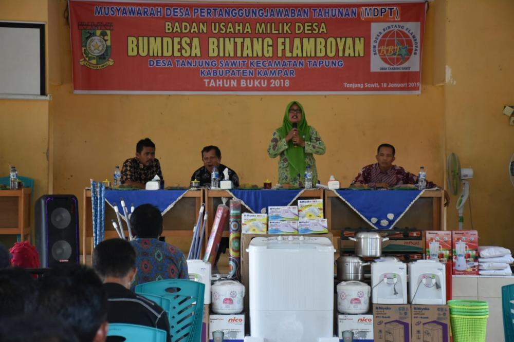 Perdana di Kampar kedua di Riau Tahun 2019 BUMDES blBagikan Hasil Usaha