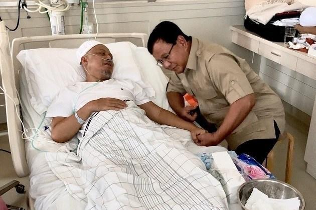 Bezuk Ustad Arifin Ilham, Prabowo Diajak Ngobrol soal Hobi Berkuda
