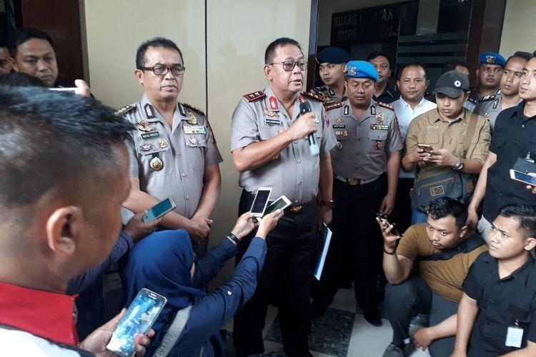 Polisi Sebut Ciri-ciri Pria yang Bersama Artis VA di Hotel Surabaya