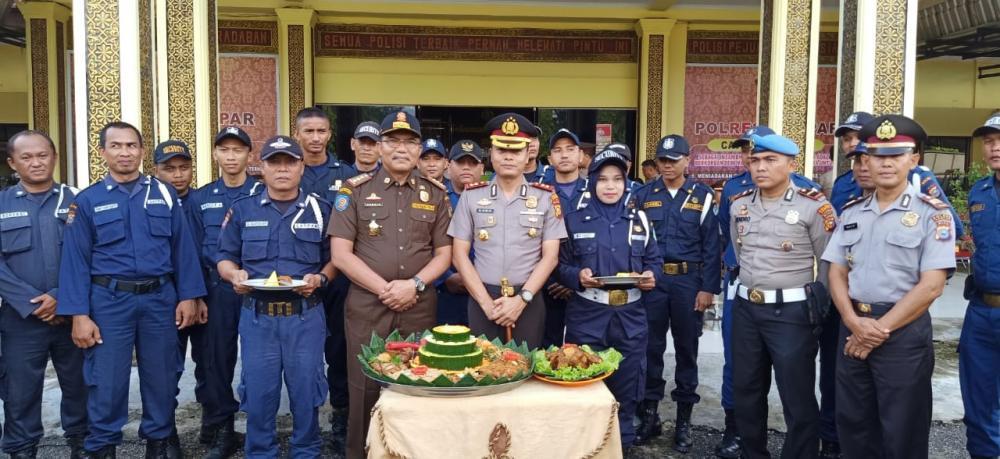 Kapolres Kampar Pimpin Upacara HUT Satpam  ke-39 Tingkat Kabupaten Kampar