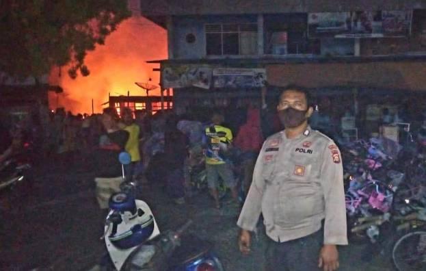 Kebakaran Hebat Hanguskan Kawasan Pasar Kuok Kampar, Berikut Data-data Korbannya