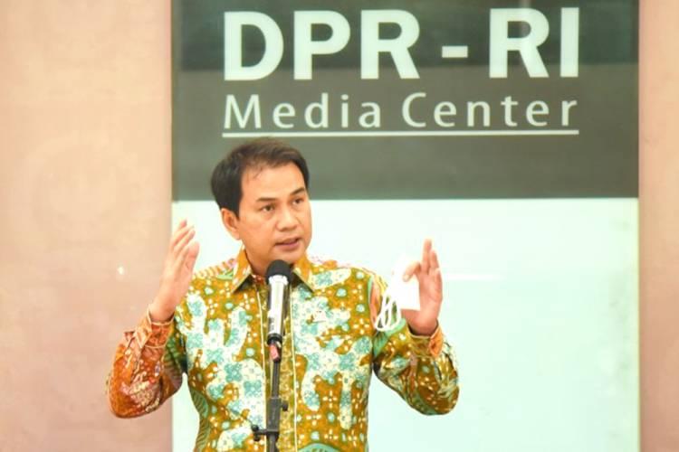 Wakil Ketua DPR RI M. Azis Syamsuddin Minta Pemerintah Perkuat Keamanan Bawah Laut