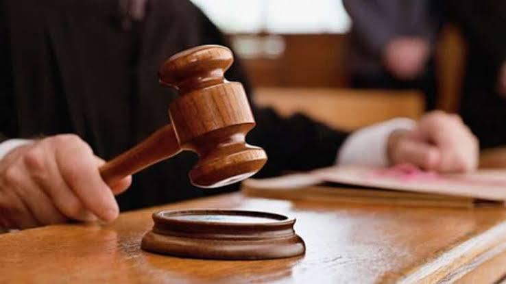 Hakim Vonis 15 Bulan Warga Garut Atas Penipuan Berkedok Biro Travel Umroh