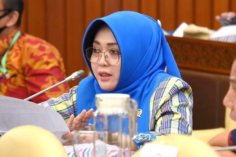 Anggota DPR RI dari PPP, Ema Umiyyatul Chusnah Minta Kenaikan HET Pupuk Subsidi Dievaluasi