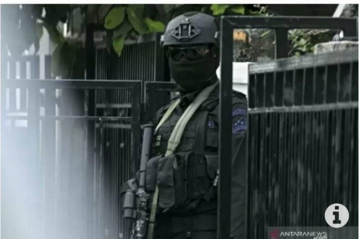 Densus 88 Tangkap Dua Terduga Teroris, Satu Orang Ternyata Abdi Negara