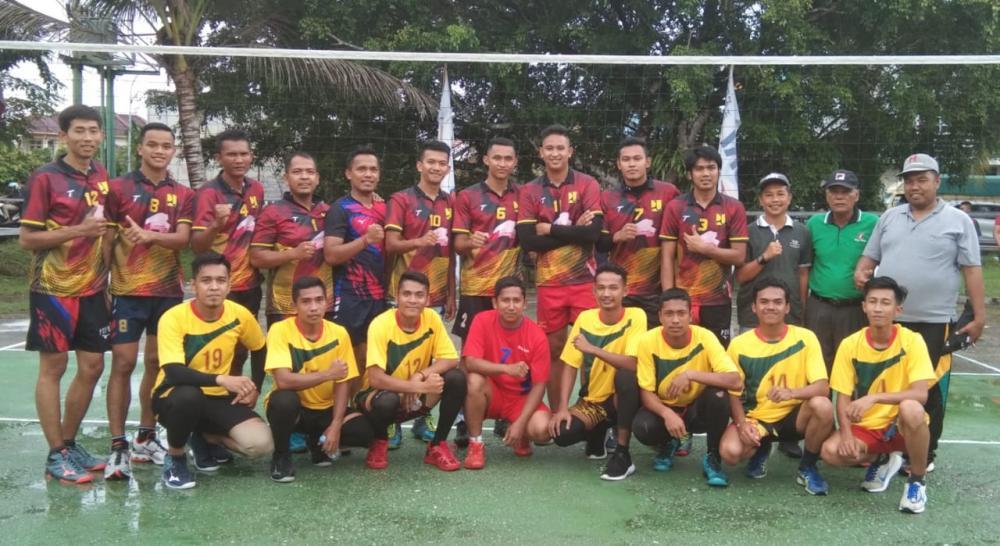 Turnamen Bola Voly Putra dalam Rangka HUT Kampar Diskominfo di Kalahkan Dinas PU PR Kampar