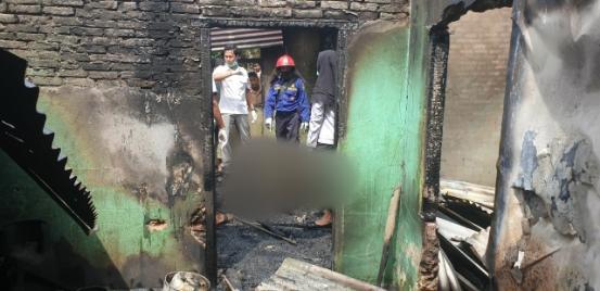 Kebakaran Di Kampar Menghanguskan Sebuah Rumah Satu Orang Meninggal Dunia Sedang Terpasung
