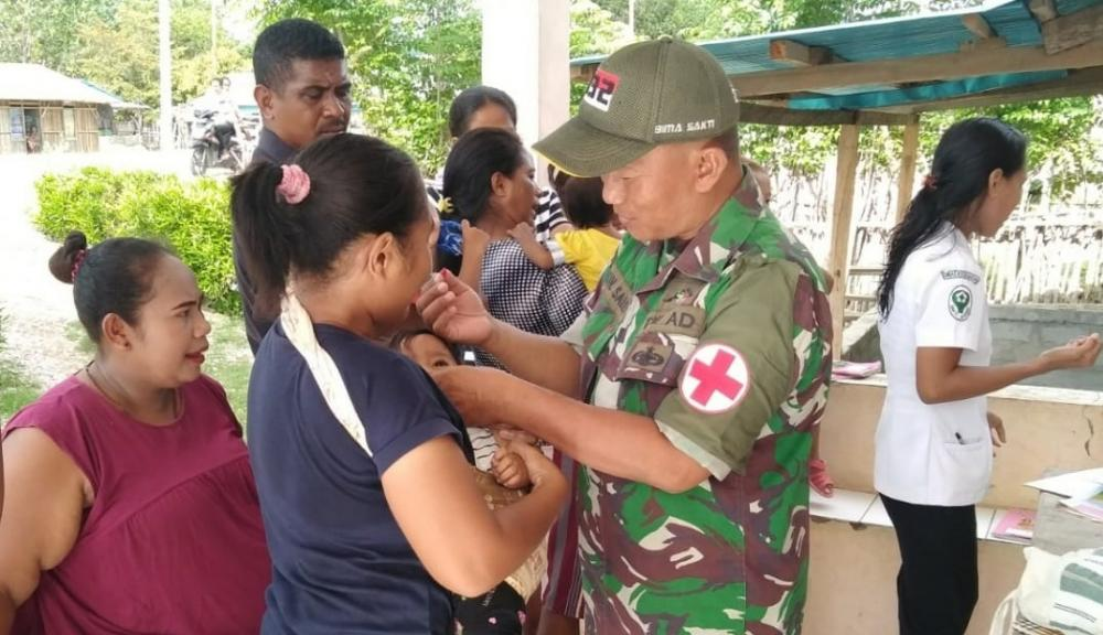 Jamin Kesehatan Balita di Perbatasan, Satgas Pamtas RI-RDTL Yonif 132/BS, Gelar Pelayanan Posyandu.