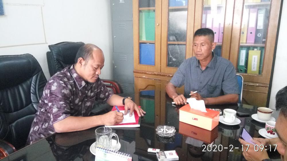 FKM-Barista Serahkan Berkas Lanjutan ke DPRD Inhil untuk Menuntut PT THIP Pelangiran