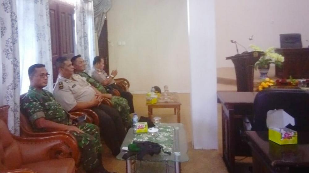 Danramil 14/Kepenuhan Kapten Inf Hendra P Barus Hadiri Paripurna Perubahan RJU