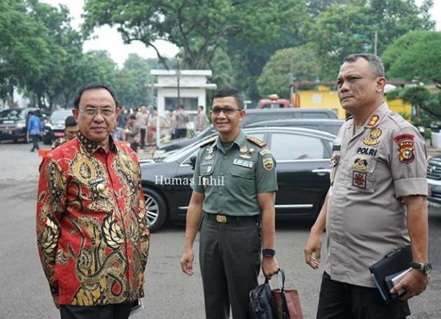 Bupati HM Wardan Hadiri Rapat Peningkatan Pengendalian Karlahut Di Istana Negara