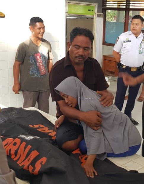 Dua Hari Pencarian Tragedi Pompong Pasir Saat Tambat di Dermaga Karam Faza (6) di Temukan Sudah Meninggal Dunia
