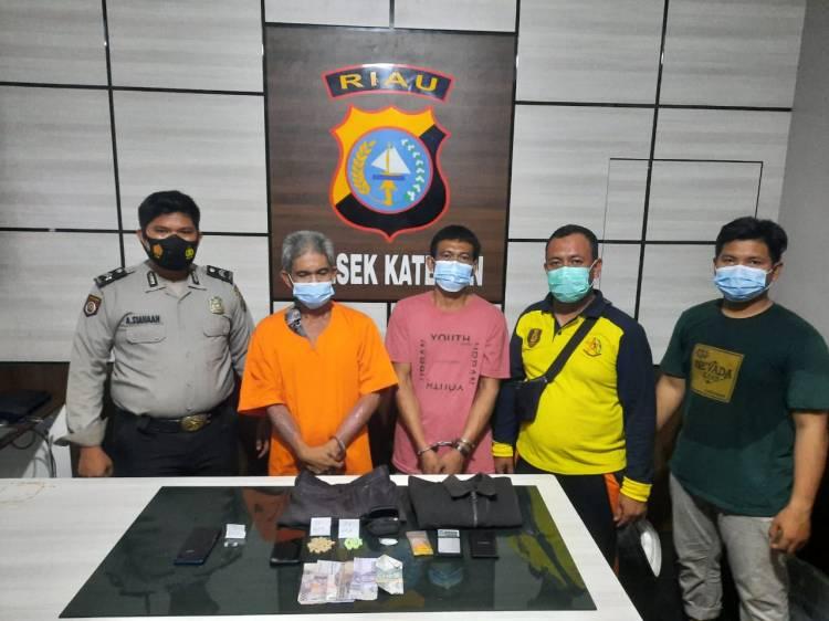 Sedang Transaksi Narkoba Dua Pria Ini Dibekuk Polisi