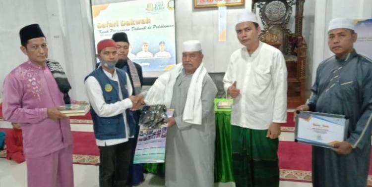 Ustadz  Robyansyah dari Jakarta Pukau Jamaah Masjid Baitussalam, Baitul Makmur dan Masjid Al-Ikhlas
