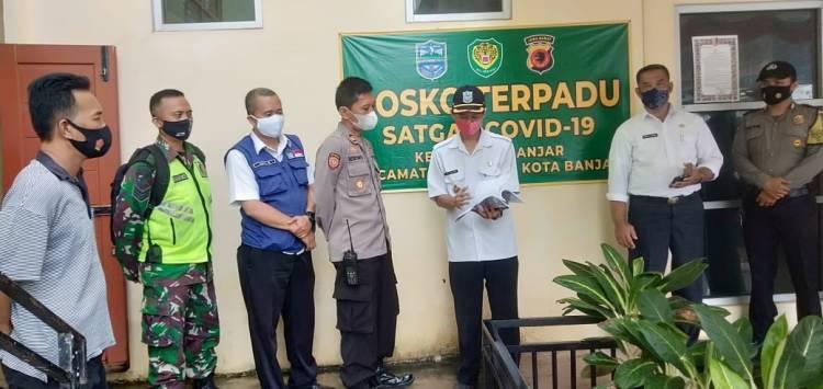 Pengecekan Posko Covid-19 PPKM Berbasis Mikro Tingkat Kelurahan Banjar