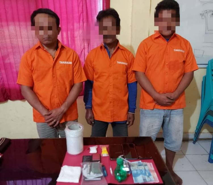 Polsek Tapung Hulu Tangkap 3 Pelaku Narkoba Di Kebun Sawit