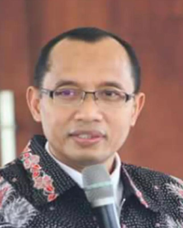 Pengamat:Nyanyian Romi Tentang Rekomendasi Orang Nomor Satu di Jawa Timur Tak Nyambung