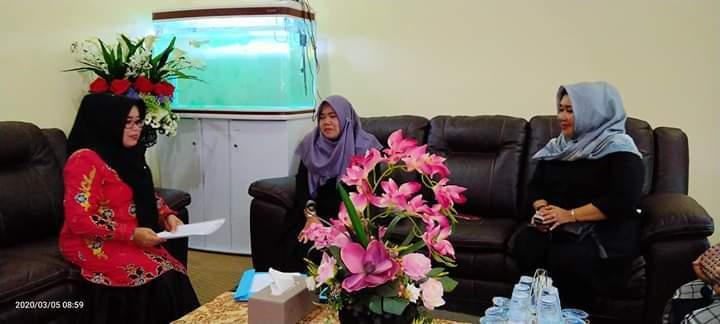 Bicarakan Program 2020, , Hj Muslimawati Catur Terima Pengurus KPPI Kampar.