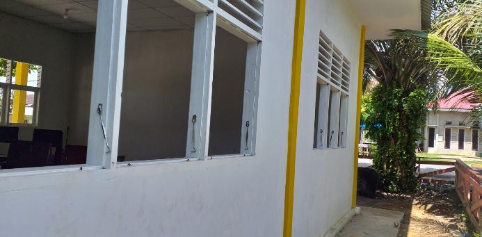 Wah...pembangunan RKB SD OO6 di Kecamatan Rambah Kabupaten Rohul,masih terbengkalai.
