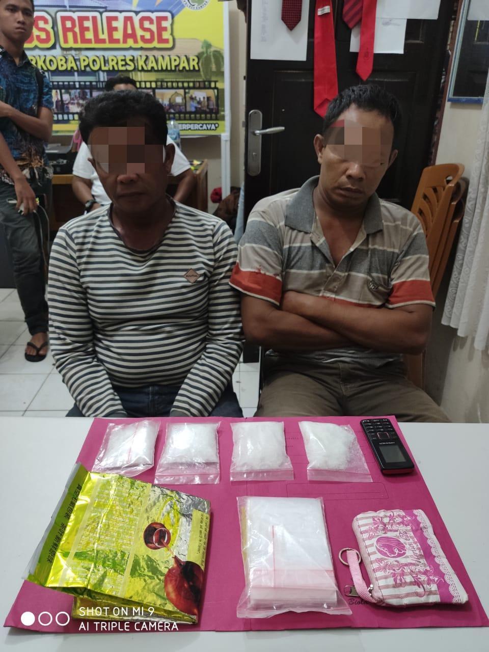 Tim Opsnal SatRes Narkoba Polres Kampar Tangkap 2 Pengedar Shabu dengan BB Seberat 2 Ons Lebih