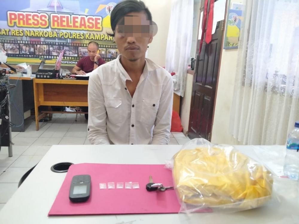 Sembunyikan 4 Paket Shabu Dalam Jok Motornya, Warga Bangkinang ini Ditangkap Polisi