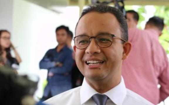 Gubernur DKI Jakarta Anies Baswedan Ingatkan Bawa Sajadah dan Alas Sendiri Saat Sholat Jum'at