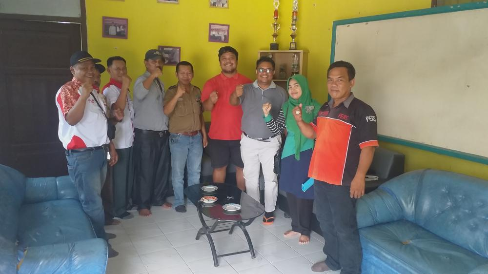 PD IWO Rohul jalin keakraban dengan PT PIS 1 Kecamatan Kepenuhan.