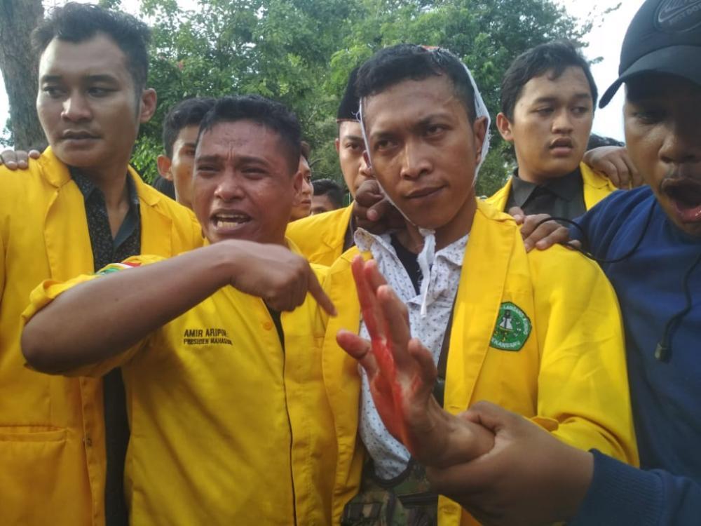 Video Demo Mahasiswa Bela Kamarek Petani Miskin Di Kejaksaan Tinggi Riau Ricuh