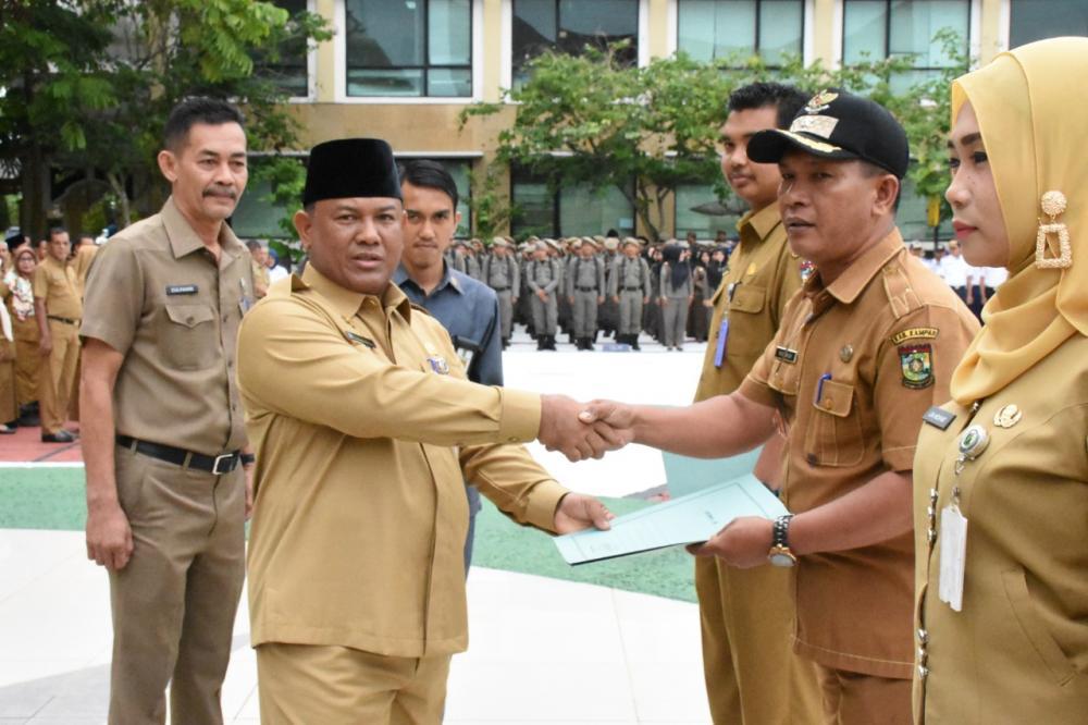 321 ASN di Kabupaten Kampar Terima Kenaikan Pangkat