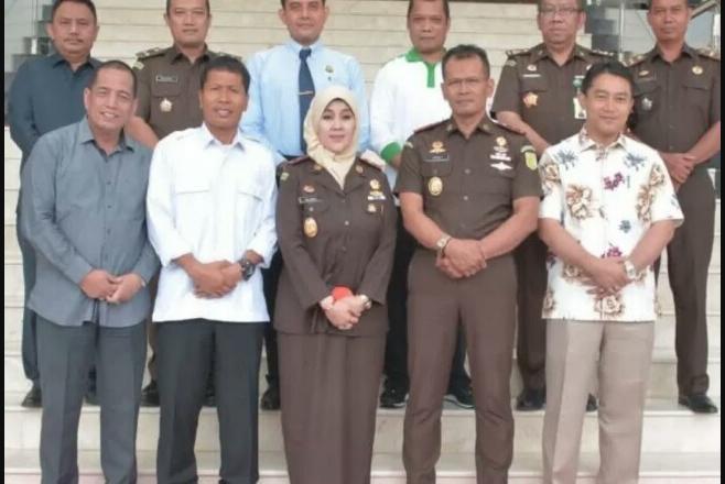 Pimpinan DPRD Riau Datangi Kejati Riau Dalam Rangka Konsultasi