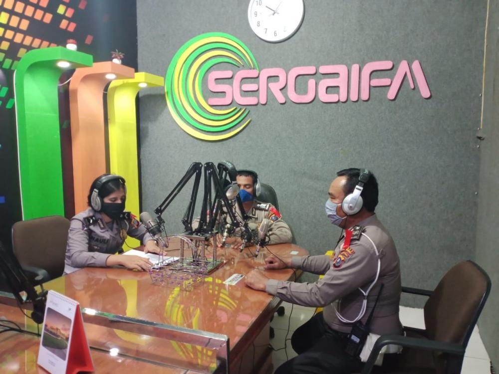 Sat Lantas Polres Sergai Himbauan Masyarakat Melalui Radio Sergai FM