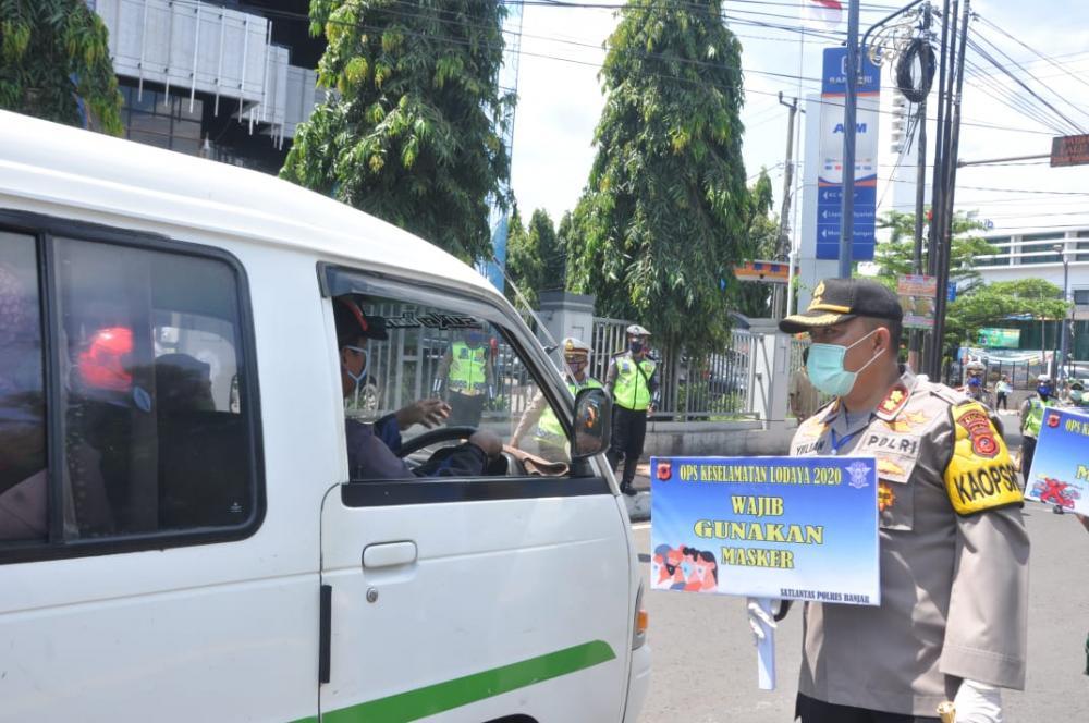 Satlantas Polres Banjar Gelar Ops Keselamatan Lodaya 2020 imbau pengguaan Jalan Gunakan Masker
