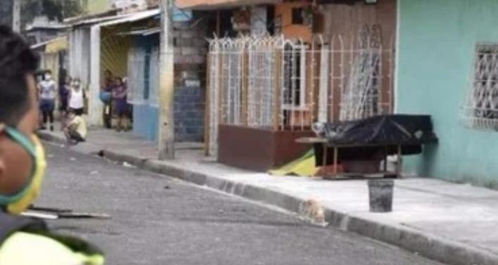Kota Yang Paling Horor Didunia, Mayat Mayat Korban Covid 19 Di Biarkan Tergeletak dijalanan