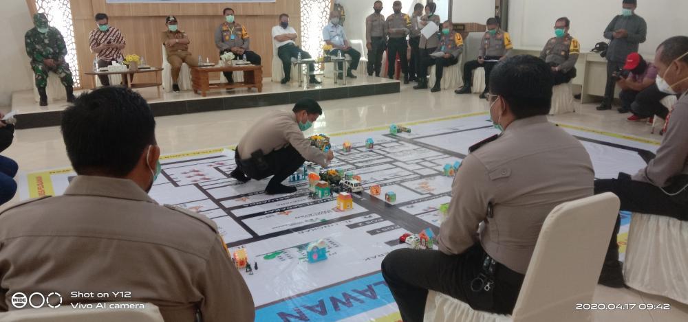 Polres Pelalawan adakan Tactical Floor Game dalam rangka Simpamkota Terkait Penanganan Pandemi Covid-19