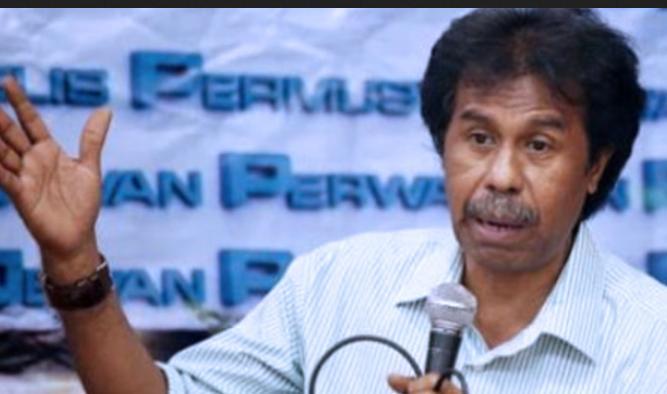 Presiden Jokowi Didesak Menyampaikan Pada Rakyat Apa Alasannya Tidak Menurunkan Harga Bahan Bakar Minyak