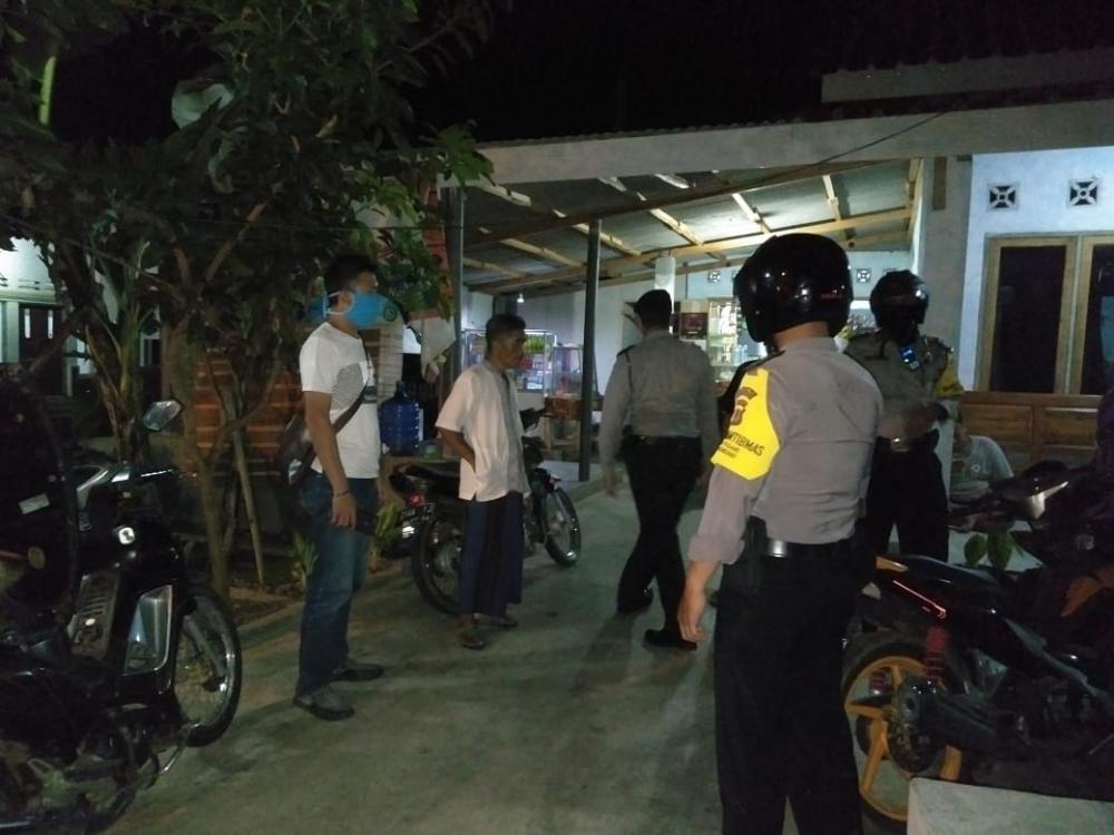 Patroli Sabhara Polres Banjar Bubarkan Sekelompok Remaja Yang Tengah Malam Mingguan