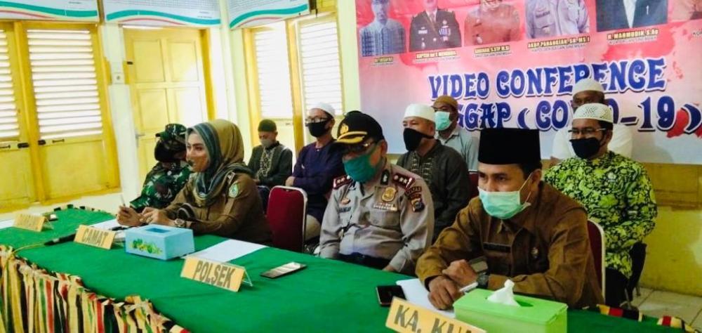 Upika Bagan Sinembah VC dengan Bupati Rohil Bahas Sholat Tarawih di Mesjid