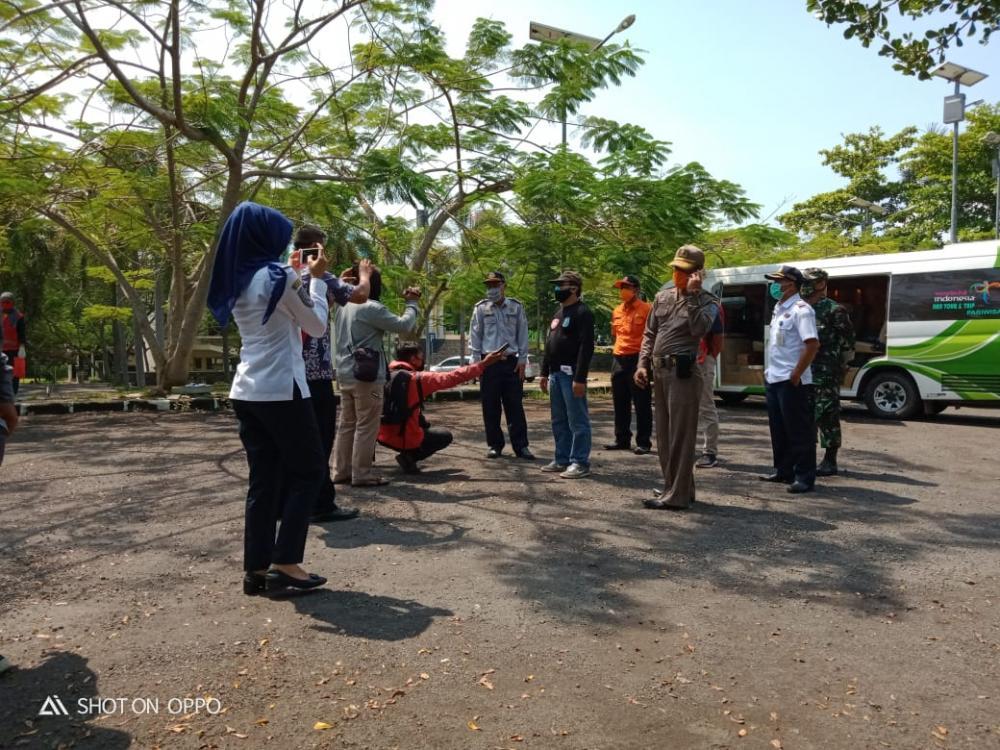 Cegah Penyebaran Covid-19,  Pemudik dari Zona Merah Diperiksa Petugas Gugus Tugas Kota Banjar