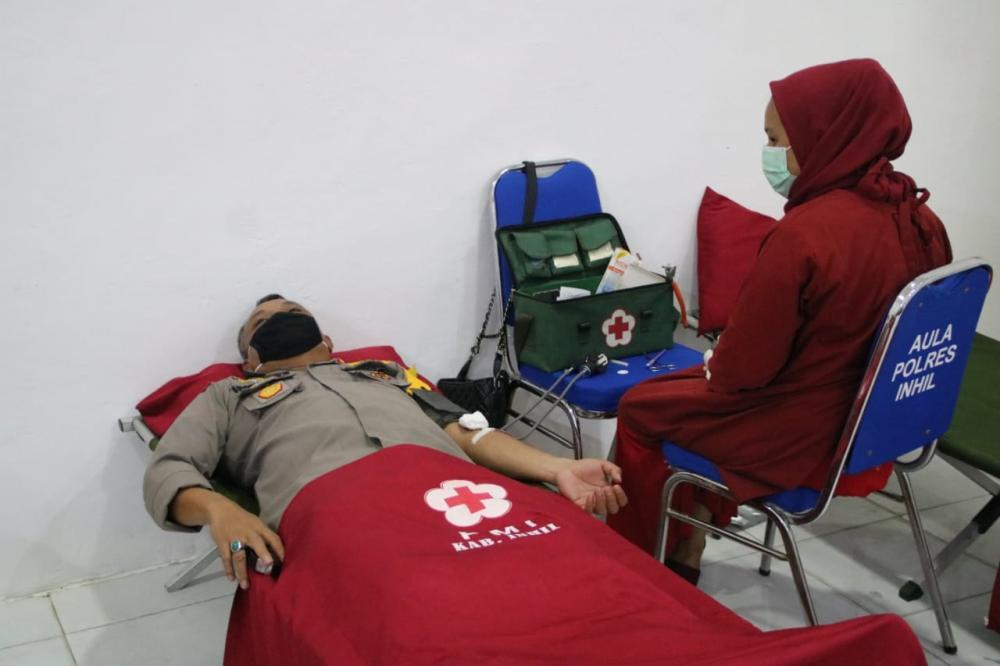 Polres Inhil Ikut Berpartisipasi Mendonorkan Darah Untuk Persediaan di PMI