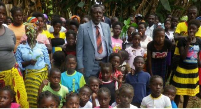Tokoh Poligami Dunia Wafat Meninggalkan Istri 42,Anak 156,Cucu 250 Orang