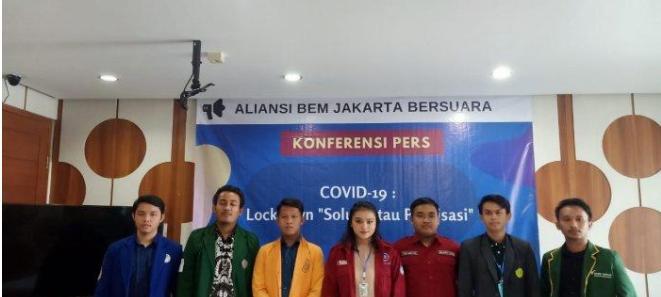 Puluhan Aktivis Mahasiwa Yang Tergabung Aliansi BEM Jakarta,Menyoroti Kebijakan Anies Menangani Covid 19 Bernuansa Politis Ketimbang Solutif