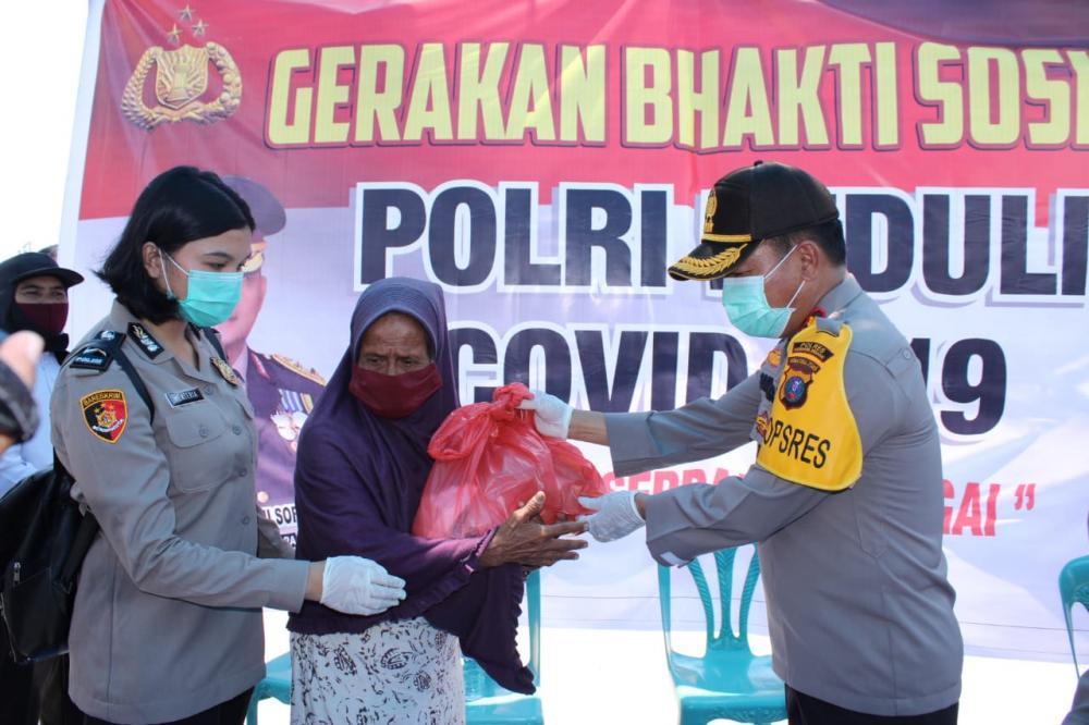 Polres Sergai Bagikan 1000 Paket Sembako Secara Serentak