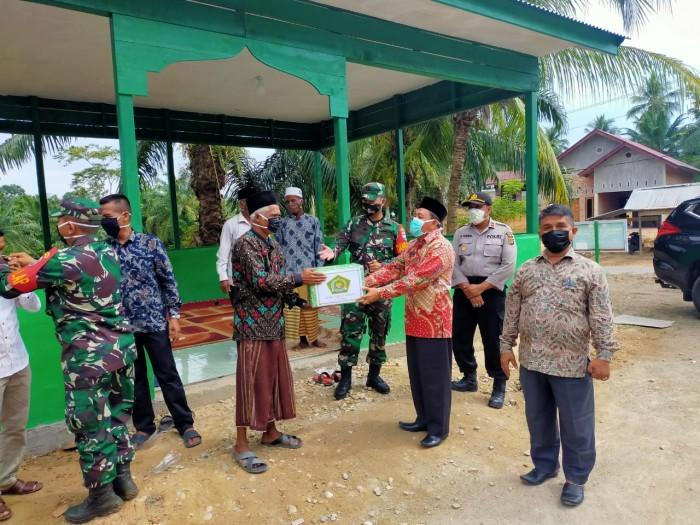 Kemenag Aceh Timur Dukung Sepenuh Nya Program TMMD Ke-107