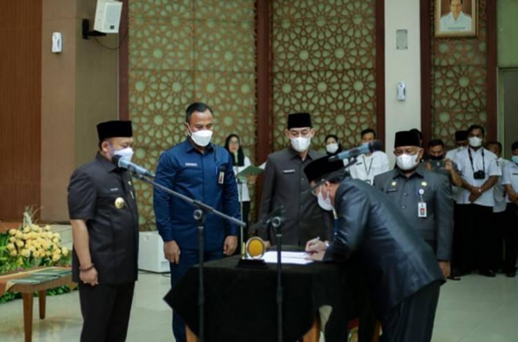 8 Orang Pejabat Eselon II Dilantik, Bupati Berharap Bisa Tingkatkan Kinerja pada OPD Masing-masing