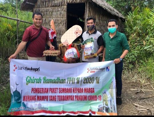 Selama 3 Hari, BRK Bagikan 131 Paket Sembako Kepada Masyarakat Kurang Mampu